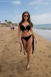 amelia-beach-walker-101