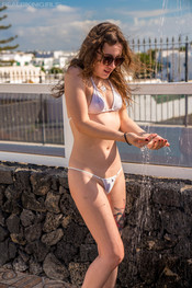 bea-triss-wet-and-wild-100