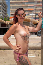 charlotte-public-shower-216