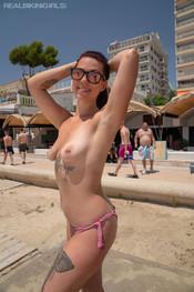charlotte-public-shower-219