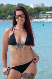 charlotte-topless-public-beach-187