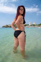 charlotte-topless-public-beach-194