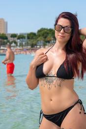 charlotte-topless-public-beach-198