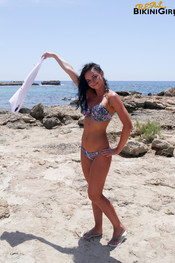 diana-blue-bikini-16