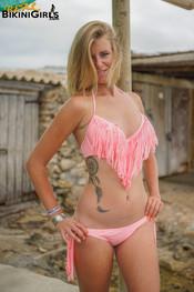 fauve-d-pink-topless-21
