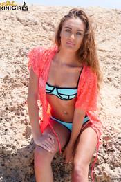 haley-a-pink-shawl-3