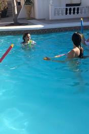 hanna-jo-sam-tia-pool-fun-100