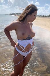 jane-boobie-beach-117
