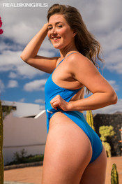 jessica-j-blue-speedo-118