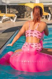 kara-harley-pool-party-104