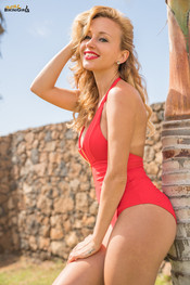 lena-red-onepiece-117