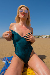 marie-slippery-sand-146