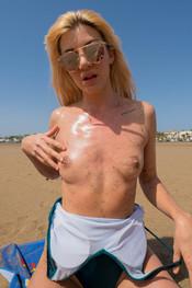 marie-slippery-sand-151