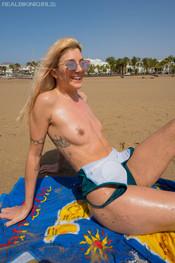 marie-slippery-sand-161