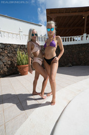 paige-miah-ready-for-the-pool-112