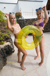 paige-miah-ready-for-the-pool-139