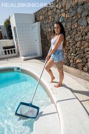 zara-c-pool-cleaner-122