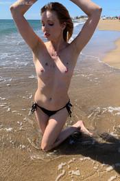 rosanne-beach-bum-119