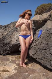 rosie-h-blue-bikini-at-beach-153