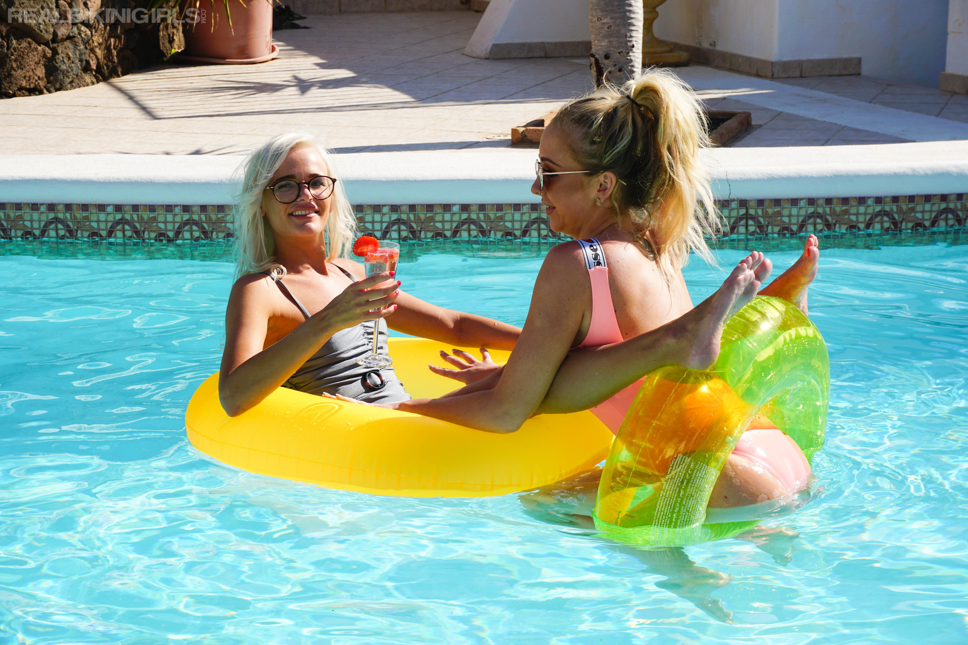 beth-miah-pool-for-two-104