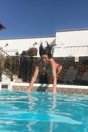 sam-tia-jo-hanna-pool-competition-103