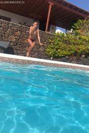sam-tia-jo-hanna-pool-competition-127