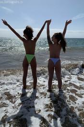 tia-jo-topless-beach-walk-110