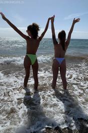 tia-jo-topless-beach-walk-112